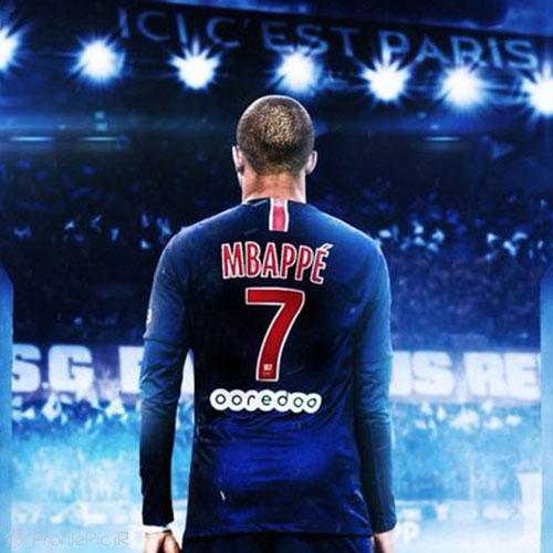 عکس امباپه با پیراهن فرانسه
