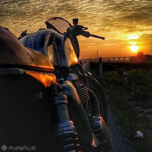 عکس زیبا برای پروفایل موتور بازا